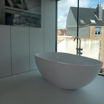 slaapkamer + badkamer onder het dak